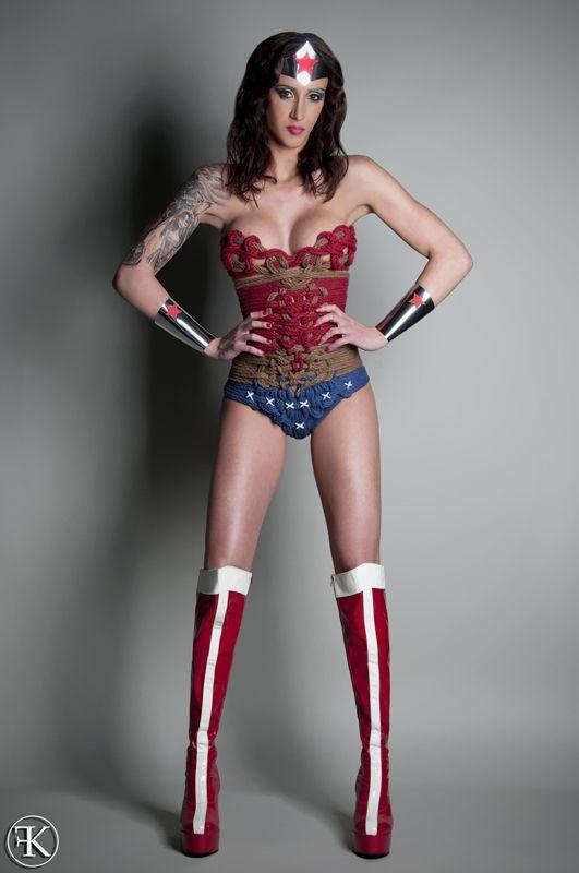 Excellent wonder woman cosplay bondage