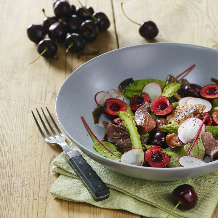 Duck Confit Warm Salad Photo: Elisabeth Jahr Hilde Chef: Magnus Sjøberg