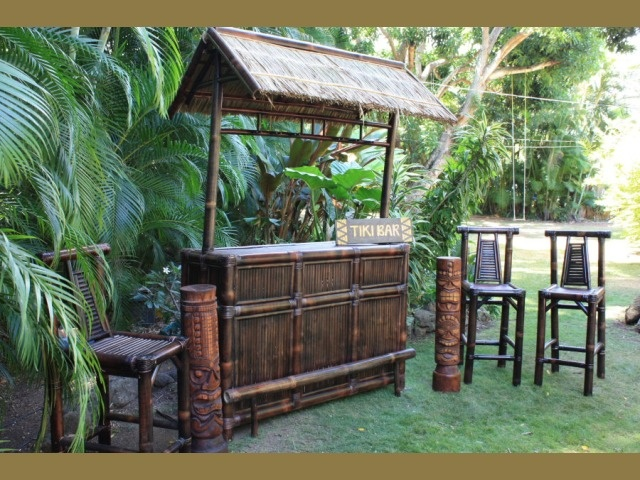 With an outdoor tiki bar like the maui you can