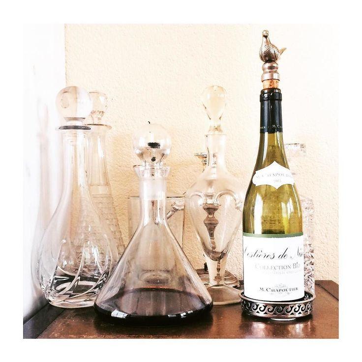 #stilleven #thuisthuis #wijn #karaf #biowine #bijmijnouders #maarevengeenalcoholvoormij