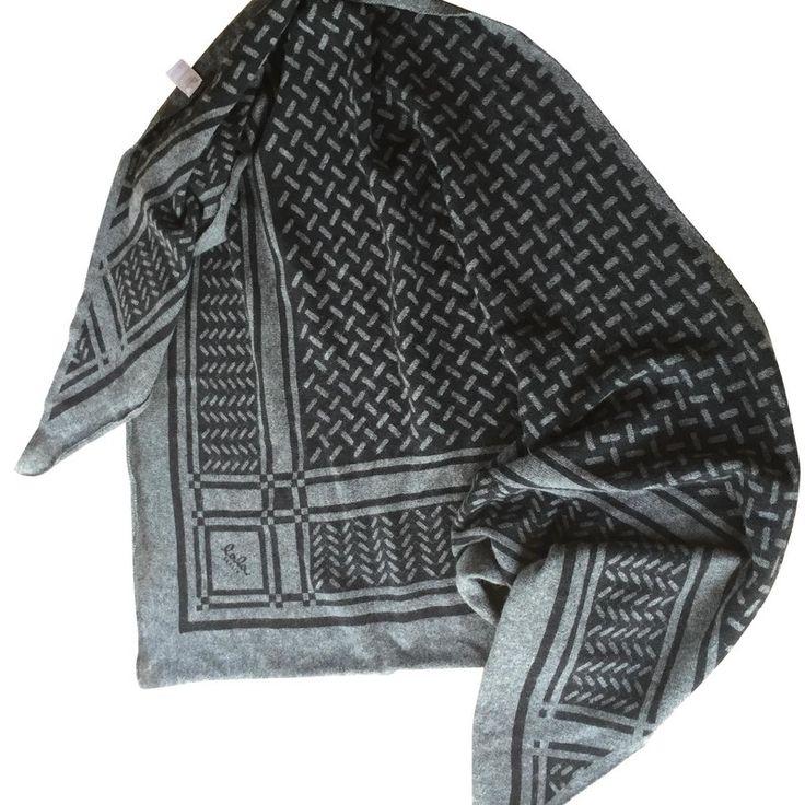 lala berlin scarf