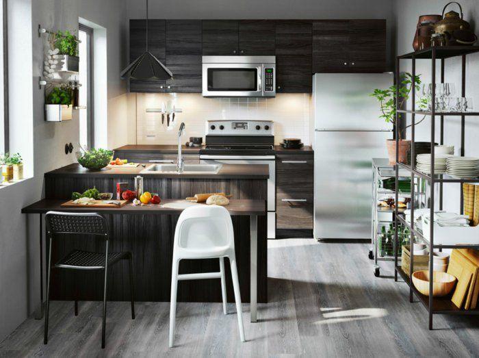 Ikea Küchen Helle Schränke Dunkles Holz Kücheninsel Barhocker