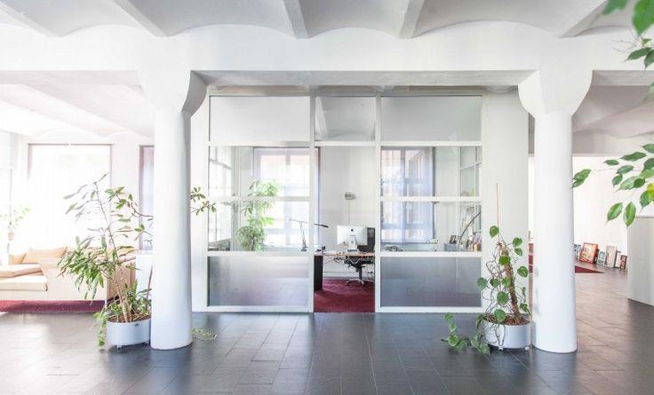 Büroetage in schönem Altbaubüro in Kreuzberg #Büro #Bürogemeinschaft #Office #Coworking #Berlin
