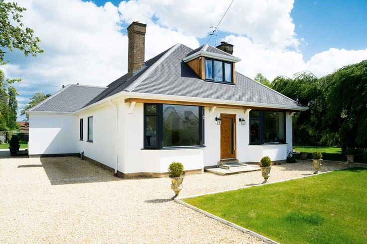 25 Best Ideas About Bungalow Exterior On Pinterest House Colors Exterior Green House