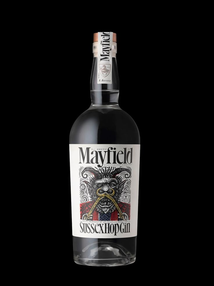 Mayfield #Gin #label #design by Stranger & Stranger - http://www.packagingoftheworld.com/2017/10/mayfield-gin.html