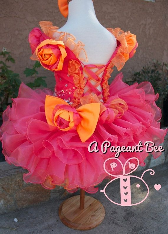 Hey, I found this really awesome Etsy listing at http://www.etsy.com/listing/154046098/beautiful-pageant-glitz-cupcake-pageant