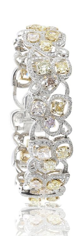 http://rubies.work/0655-ruby-rings/ Regilla ⚜ Una Fiorentina in California