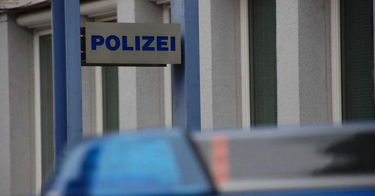 #Brand Kiel: Kinder im Eis eingebrochen. - FOCUS Online: Brand Kiel: Kinder im Eis eingebrochen. FOCUS Online Am Sonntagmittag gegen 12:30…