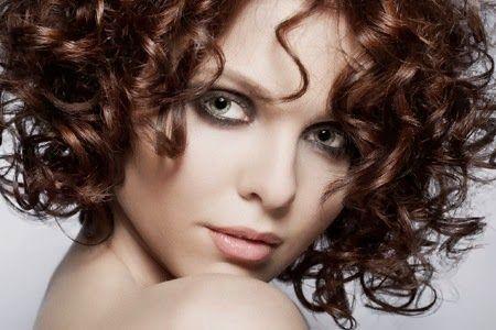 Maria Grazia B: Come  avere  capelli  ricci  in  poco  tempo