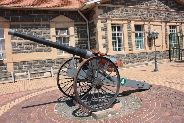 Siege Canon, Ladysmith, South Africa by Kleinz1, via Flickr