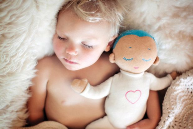 Lulla doll imitates closeness with its soft natural touch and by playing a real-life recording of the breathing and heartbeat of a mother at rest. Lulla's aim is to help babies stabilize their own breathing and heartbeat, resulting in longer and better quality sleep as well as added security. Helping babies sleep longer, feel better and safer.