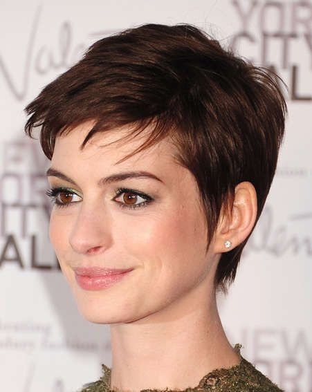 Anne Hathaway with short hair and bangs, love this, would like a little cleaner in back.