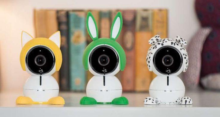 Fort de son succès avec ses caméras connectées et intelligentes Arlo pour lesquelles nous avons effectué différents tests (Arlo & Arlo Q), le constructeur nous propose une nouvelle caméra destinée cette fois aux jeunes parents avec Arlo™ Baby.  On prend les mains et on recommence. Enfin presq... https://www.planet-sansfil.com/2017-netgear-presente-nouvelle-camera-de-surveillance-bebe-baptisee-arlo-baby/ #CES2017, Arlo™ Baby, bébé, caméra, netgear, sans fil