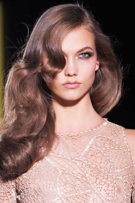 Old Hollywood Hair on Karlie Kloss on the Paris runway for Versace Fall 2012