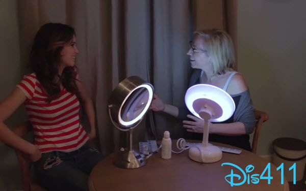 Video: Laura Marano Showing Leigh-Allyn Baker How To Put Contacts In - Dis411