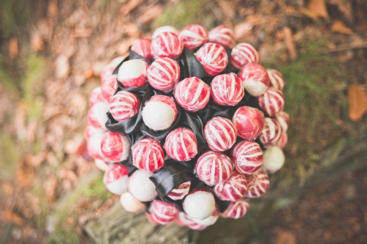DIY Brautstrauß, Brautstrauß selber machen, selbst basteln, Hochzeit, Blumenschmuck, Lolli, Lollipop, Lutscher, Braut Outfit