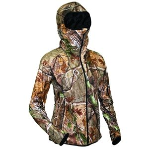 Womens camo! Hunting clothes that might actually fit!