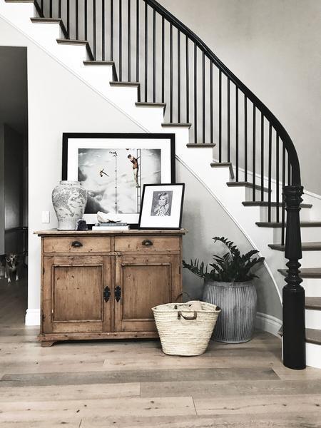 Black and white dragon jar – Greige Design #diyhomeremodeling