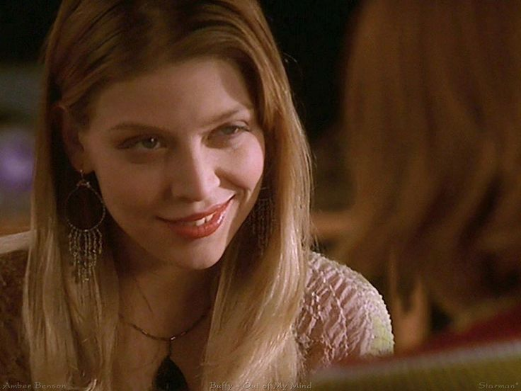 For 'Buffy' at 20 Amber Benson conjures teen witch memories     - CNET As Tara in Buffy the Vampire Slayer Amber Benson bewitched both Willow (Alyson Hannigan) and fans alike with her killer smile.                                                       Vid
