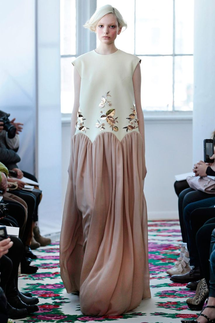Delpozo Fall 2013 RTW Fashion Show