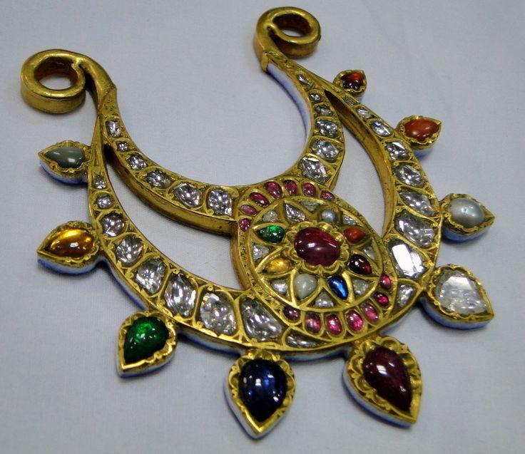 Vintage antique 23 K solid gold and natural gemstones pendant necklace - tribalexport