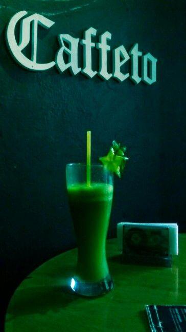 Limonada de albahaca en Cafetto.