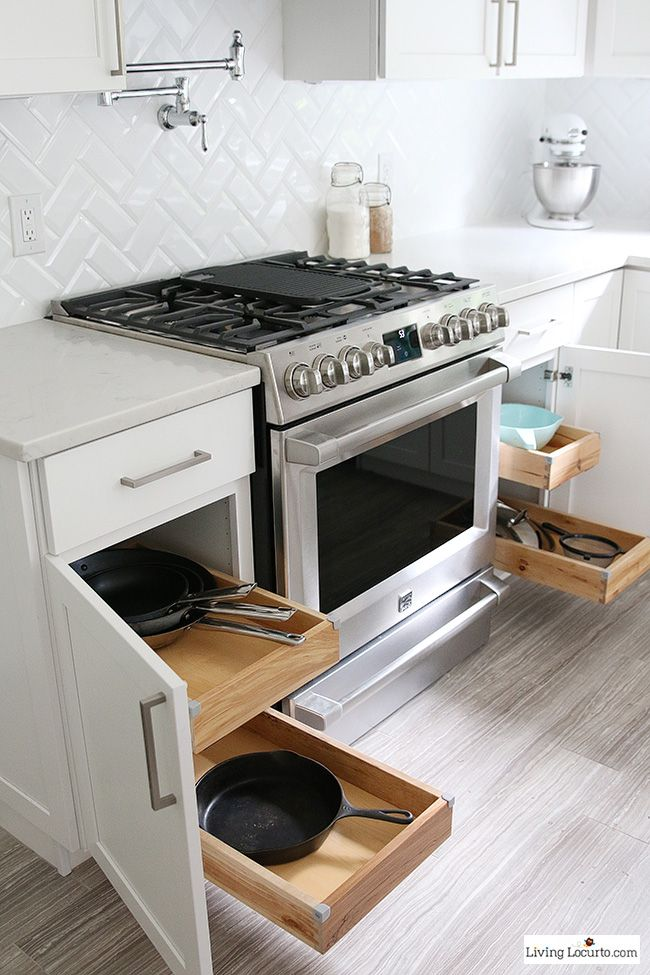 Pots and Pans pull out drawer - The best Kitchen Cabinet Organization Ideas! This Modern Farmhouse White Kitchen is full of clever ways to organize cabinets. Home organizing inspiration.