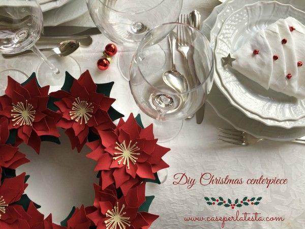 Corona di stelle di Natale in carta  * Paper Poinsettia wreath