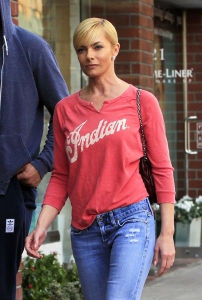 Jaime Pressly visits a medical building in Beverly Hills.