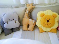 Almofadas by pingodegente, via Flickr