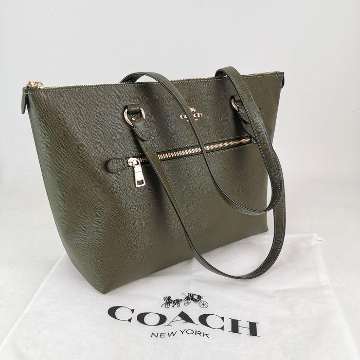 Coach - Large Gallery Tote Sac à main | Sac à main, Cuir vert, Sac