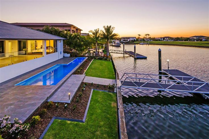 This brand new, north-to-water residence offers a unique combination of contemporary single-level living, ultimate secure location and bridge-free Broadwater access.  2211 Taromeo Court   Gold Coast / Hinterland   Australia   Luxury Property Selection