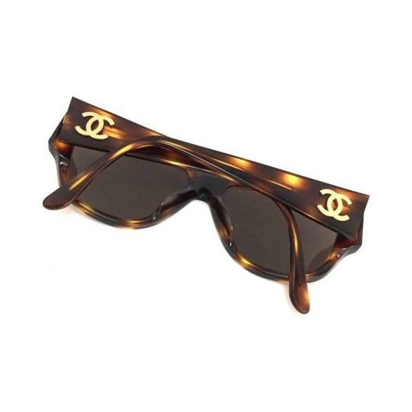 100% Authentic CHANEL Tortoiseshell CC Logo 04153 Sunglasses Vintage... ❤ liked on Polyvore featuring accessories, eyewear, sunglasses, logo sunglasses, vintage sunglasses, tortoise sunglasses, tortoise shell glasses and vintage tortoise shell glasses