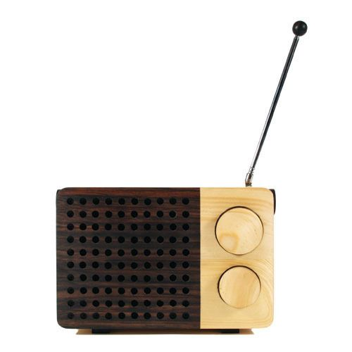 Magno Radio / Impress your friends with expensive wood!