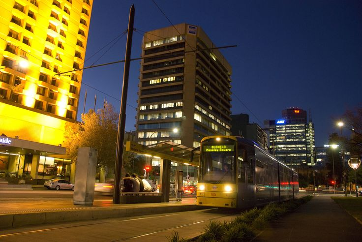 It's easy to get around Adelaide. Buses, taxis, trains and trams operate all over the city, seven days per week.