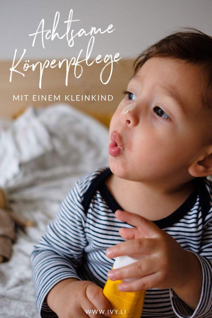 Achtsame Körperpflege Mit Einem Kleinkind Sanfte Pflege Der Weleda Calendula Baby Pflegeserie Bindung