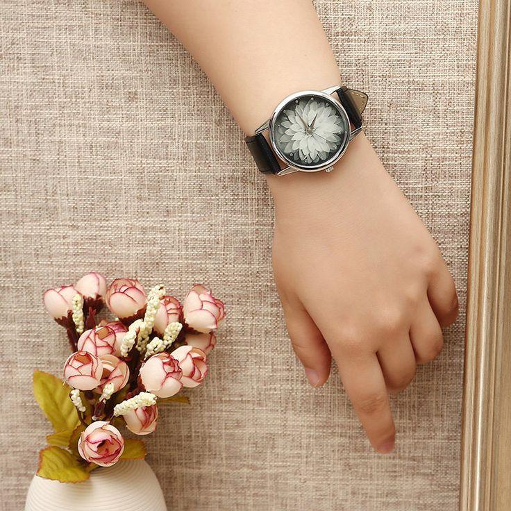 Women's Retro Watch Leather Lotus Flower Watch