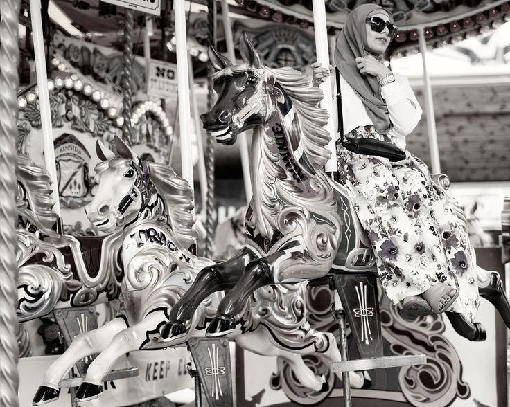 Carousel - Hahnemühle Photo Rag Ultra Smooth(Edition 25) - 40 x 50 cm print on 46 x 56 cm sheet.