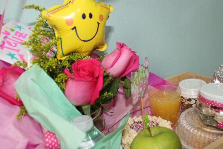 Desayuno Especial #Pallet #Flores #Minitorta