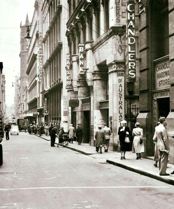 Flinders Lane in Melbourne,Victoria in 1951.