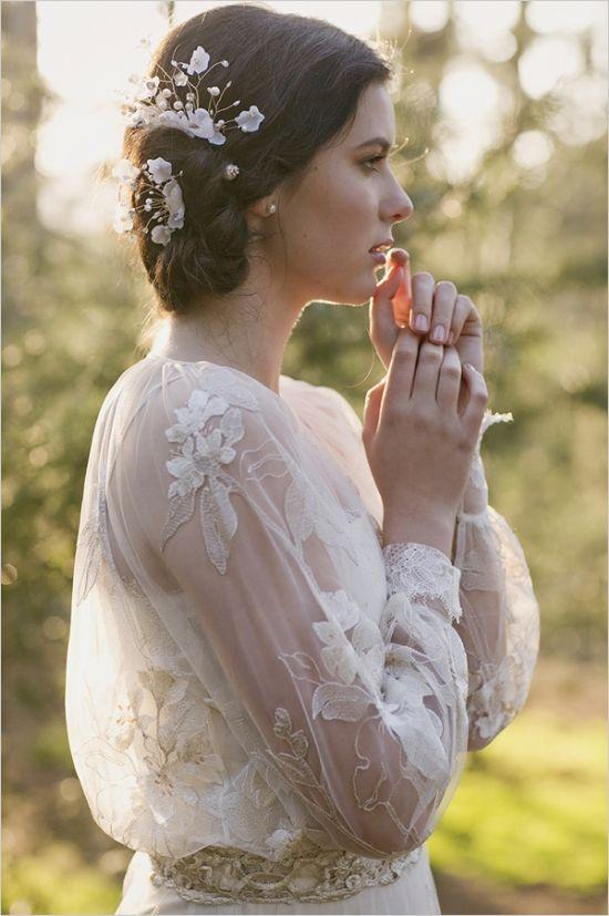 wedding hair accessory. lovely!