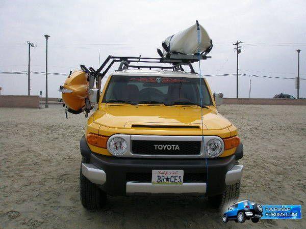 Kayak Roof Rack For Toyota FJ Cruiser.