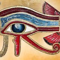 Quadro Olho de Horus em MDF, pirogravado