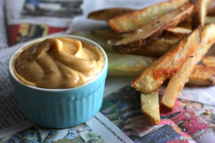 How To Make Chipotle Mayo - halve the spices and mix with 1/2 cup vegenaise