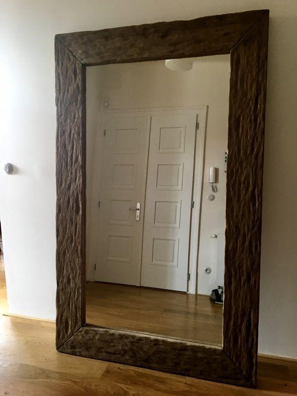 Zrcadlo  - hrubě drásané dubové dřevo