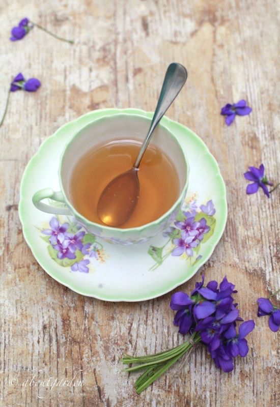 tè alla violetta