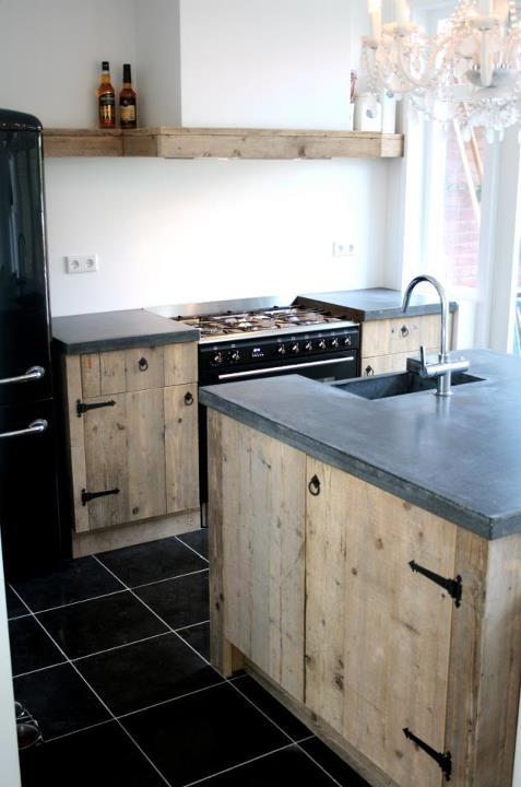 Steigerhouten keuken van www.houtzwagers.nl