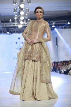 zara-shahjahan-bridal-collection-loreal-bridal-week-2017-3