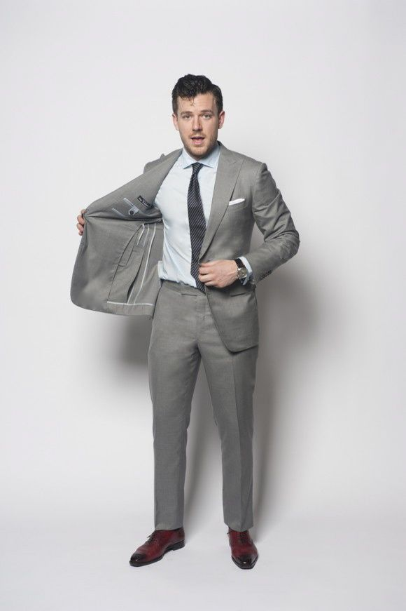 4 Seasons Grey Suit - A Comprehensive Guide to Buying Bespoke Clothing | TSBmen