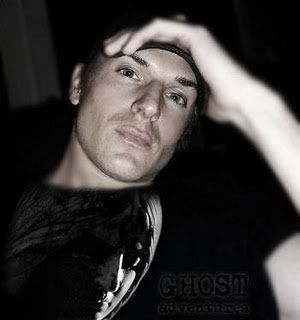 Zak Bagans ...ghost adventures.... I have to admit I'm crushing on this boy ;-)